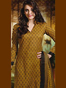 Era with extension in fashion, style, Grace and elegance have developed grand love affair with this ethnical wear. This Suit has beautiful printed kameez which is crafted with floral print and patch work. Color combination of suit is fascinating and make you trendy look. This casual wear drape made with cotton fabric. Contrasting black churidar and dupatta is available. Unstich kameez can be customize upto 44 inches. Color blend of this drape make attractive everywhere. Slight Color variations are possible due to differing screen and photograph resolutions.