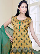 Breathtaking collection of suits with stylish embroidery work and fabulous style. The dazzling kameez have marvelous floral patterned embroidery work done with resham threads. Contrasting dupatta and churidar is available. This drape material is cotton. The entire ensemble makes an excellent wear. This is readymade casual wear. Slight Color variations are possible due to differing screen and photograph resolutions.
