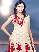 You can be sure that ethnic fashions selections of clothing are taken from the latest trend in today's fashion. The dazzling kameez have marvelous floral patterned embroidery work done with resham threads. Contrasting dupatta and churidar is available. This drape material is cotton. The entire ensemble makes an excellent wear. This is readymade casual wear. Slight Color variations are possible due to differing screen and photograph resolutions.