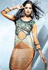 Keep the interest with this designer printed kurti. This fantastic faux crepe printed tunic is beautified with floral and abstract art print work. Matching stole is available with this tunic. Bottom shown in the image is just for photography purpose. The tunic can be customize upto 40 inches. Slight Color variations are possible due to differing screen and photograph resolutions.