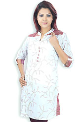 This Bluish White cotton tunic is designed with fine resham embroidery work on all over in leafs like patterns. This is a perfect casual wear. Slight Color variations are possible due to differing screen and photograph resolutions.