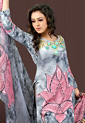 A fascinating and spellbinding tunics. This grey and pink faux crepe tunic is designed with beautiful combination of digital print and sequins work in form of floral motifs. Beautiful printed faux georgette stole is available with this tunic. Bottom shown in the image is just for photography purpose. Slight Color variations are possible due to differing screen and photograph resolutions.