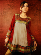 Get the eyes rolling with this pretty maroon cotton crush kurti.
