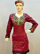 Graceful and stylish kurti is awesomely designed with brocade patch on neckline with mirror work lace and border on sleeves and bottom. Chanderi print on kurti is nice. Color combination of this kurti is nice. It's a casual wear drape. Slight Color variations are possible due to differing screen and photograph resolutions.