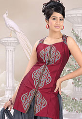 Fantastic suit made linen cotton cotton silk with matching  churidar  and dupatta. Amazing kameez adorned with kasab embroidery, border patch work and graceful pattern. Stylish sleeves made it very pretty. Outfit is a novel ways of getting yourself noticed. A matching net dupatta is enhanced your personality. Slight Color variations possible due to differing screen and photograph resolutions.