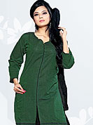 Outfit is a novel ways of getting yourself noticed. This green cotton suit has line work on kameez. And plain black salwaar and dupatta made it attractive and give stunning look and effectively enhance your personality. Slight color variations are possible due to differing screen and photograph resolutions.