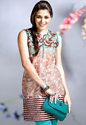 Try out this year top trend, glowing, bold and natural collection. This kurti is embellished with beautiful floral print work on all over in fabulous style. This kurti is made with cotton fabric. This is readymade casual wear and 36,38,40,42 & 44 sizes are available. Slight Color variations are possible due to differing screen and photograph resolutions.