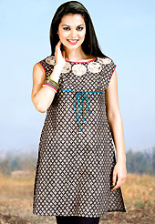 Envelope yourself in classic look with this charming kurti. This kurti is embellished with beautiful floral print work on all over in fabulous style. This kurti is made with cotton fabric. This is readymade casual wear and 36,38,40,42 & 44 sizes are available. Slight Color variations are possible due to differing screen and photograph resolutions.