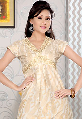 Breathtaking collection of kurti with stylish print work and fabulous style. This simple and pretty kurti has beautiful floral, paisley print and embroidery patch work. Embroidery patch is done with resham and sequins work. This drape material is cotton. The entire ensemble makes an excellent wear. This is a perfect casual wear readymade kurti. Slight Color variations are possible due to differing screen and photograph resolutions.