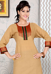 Bold colors created by the inventive drapes of textile catch the imagination like no other contemporary clothing. This simple and pretty kurti has beautiful embroidery patch work. Embroidery patch is done with thread, sequins and patch work. This drape material is cotton. The entire ensemble makes an excellent wear. This is a perfect casual wear readymade kurti. Slight Color variations are possible due to differing screen and photograph resolutions.