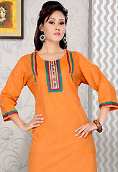 Era with extension in fashion, style, Grace and elegance have developed grand love affair with this ethnical wear. This simple and pretty kurti has beautiful embroidery patch work. Embroidery patch is done with resham and sequins work. This drape material is cotton. The entire ensemble makes an excellent wear. This is a perfect casual wear readymade kurti. Slight Color variations are possible due to differing screen and photograph resolutions.