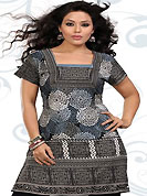 This off white, black and grey american crepe readymade tunic is nicely designed with abstract and geometric print work. This is a perfect casual wear readymade kurti. Bottom shown in the image is just for photography purpose. Minimum quantity order 12pcs in each style. Slight Color variations are possible due to differing screen and photograph resolutions.