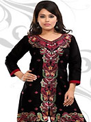 This simple and pretty kurti has beautiful embroidery patch work is done with resham work. This drape material is cambric cotton. The entire ensemble makes an excellent wear. This is a perfect casual wear readymade kurti. Bottom shown in the image is just for photography purpose. Minimum quantity order 12pcs in each style. Slight Color variations are possible due to differing screen and photograph resolutions.